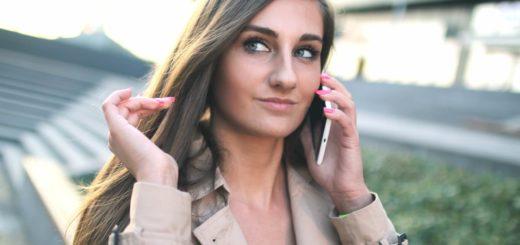 czy to kobieta ze smartfonem za 1500